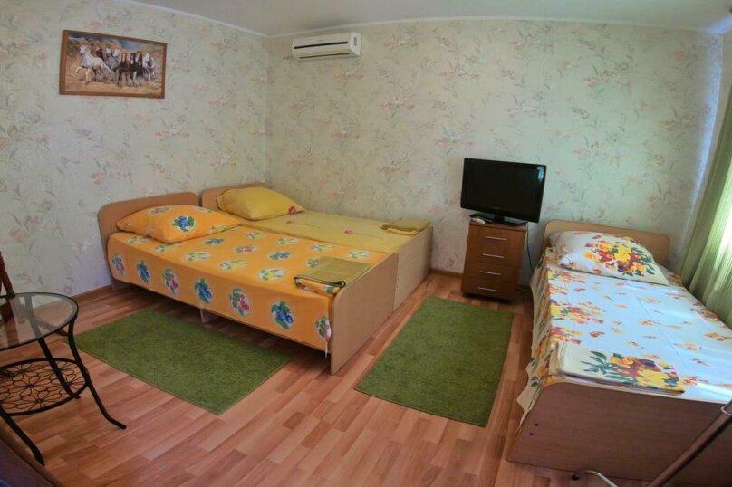"""Гостевой дом """"Апельсинка"""", Совхозная улица, 2 на 2 комнаты - Фотография 7"""