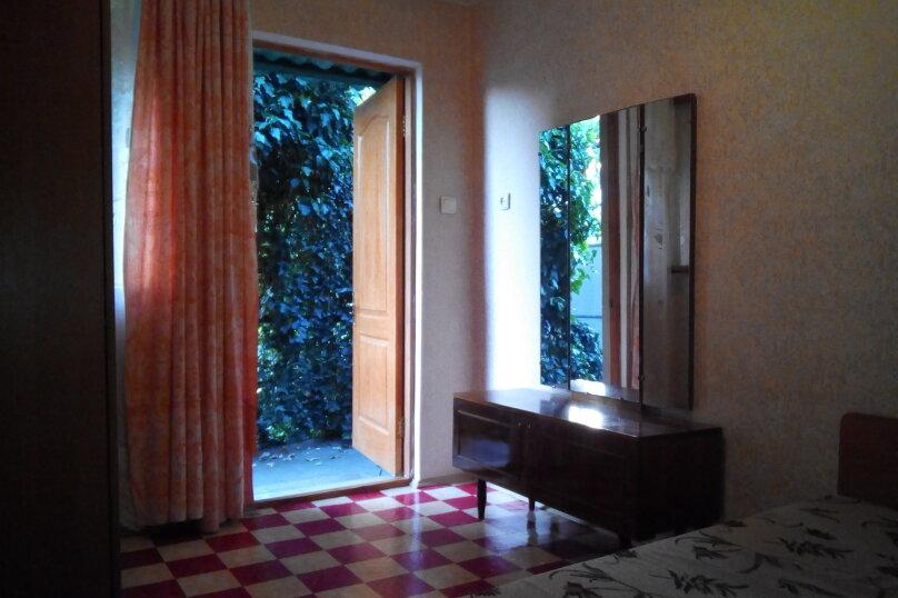 2-х местный номер, Виноградная улица, 16, Малореченское - Фотография 4