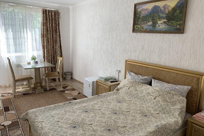 """Мини-отель """"Светофор"""", Школьная улица, 94 на 5 номеров - Фотография 1"""