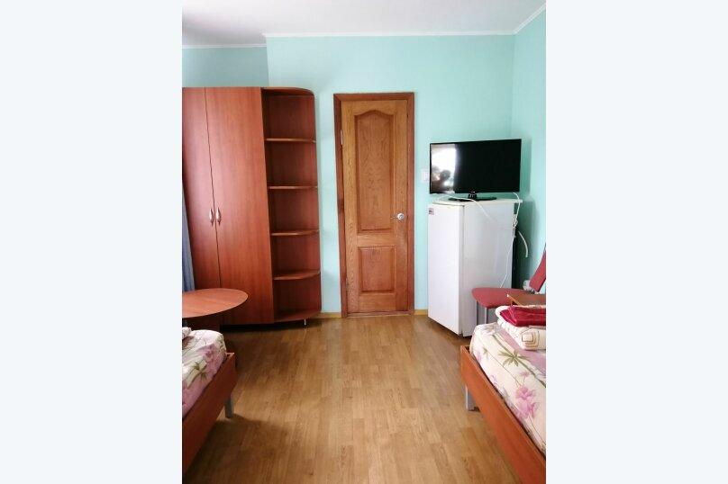 2.1, 2.2, 2.3 Стандарт  2-х местный с отдельными кроватями в корпусе № 1 , улица Циолковского, 42, Геленджик - Фотография 3