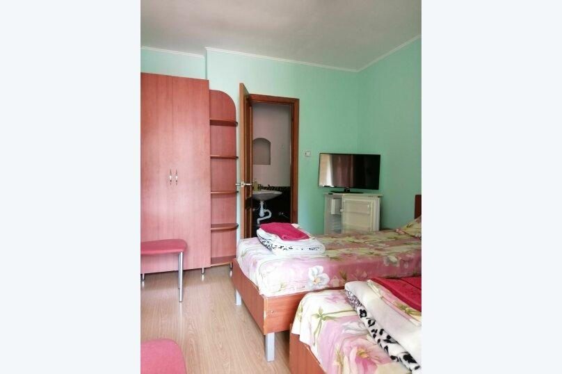 2.1, 2.2, 2.3 Стандарт  2-х местный с отдельными кроватями в корпусе № 1 , улица Циолковского, 42, Геленджик - Фотография 4