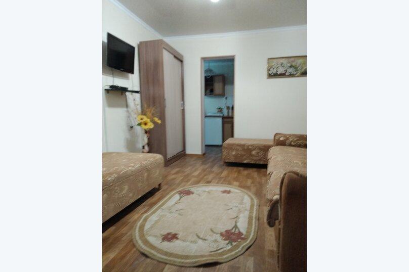 Сдам  дом в частном секторе, 25 кв.м. на 4 человека, 1 спальня, улица Кирова, 82, Евпатория - Фотография 26