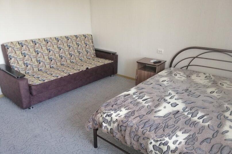 трехместная комната с кухней на 2 номера, Школьная улица, 59а, Архипо-Осиповка - Фотография 1