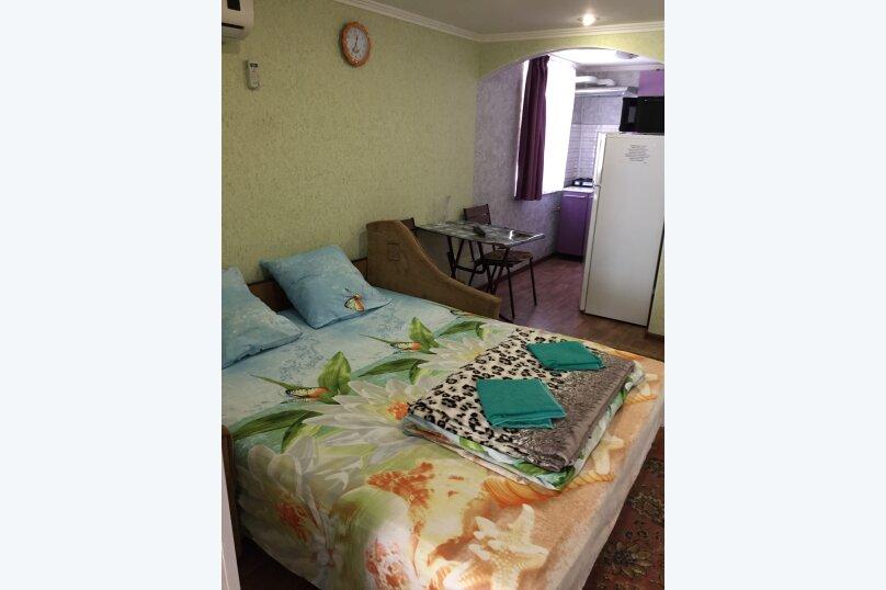 """Двухкомнатный одноэтажный дом"""" Елена"""" у моря с отдельным двором и всеми удобствами!!, 1000 кв.м. на 4 человека, 2 спальни, Ленина, 43-а, Алушта - Фотография 9"""