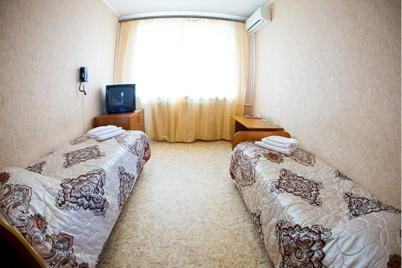 Двухместный 2 категории, Баррикадная улица, 1Г, Волгоград - Фотография 1