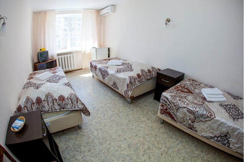 Трехместный 3 категории, Баррикадная улица, 1Г, Волгоград - Фотография 1