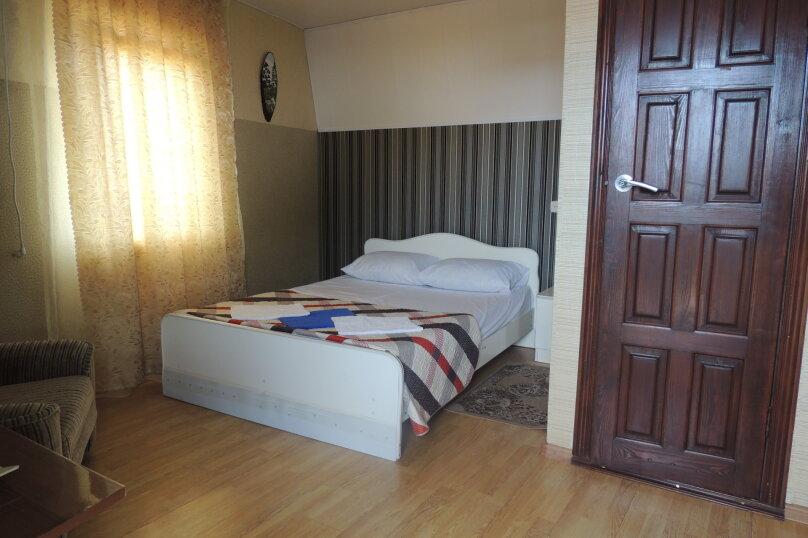 Стандарт 1 категории (Двухместный улучшенный с 1 двуспальной кроватью ) , Морская , 1а, Ольгинка - Фотография 1