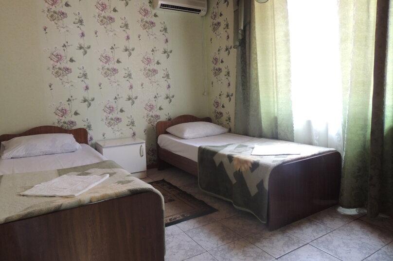 """Гостевой дом """"Южный Двор"""", Морская , 1а на 14 комнат - Фотография 75"""