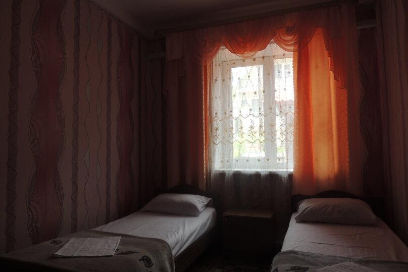 """Гостевой дом """"Южный Двор"""", Морская , 1а на 14 комнат - Фотография 66"""