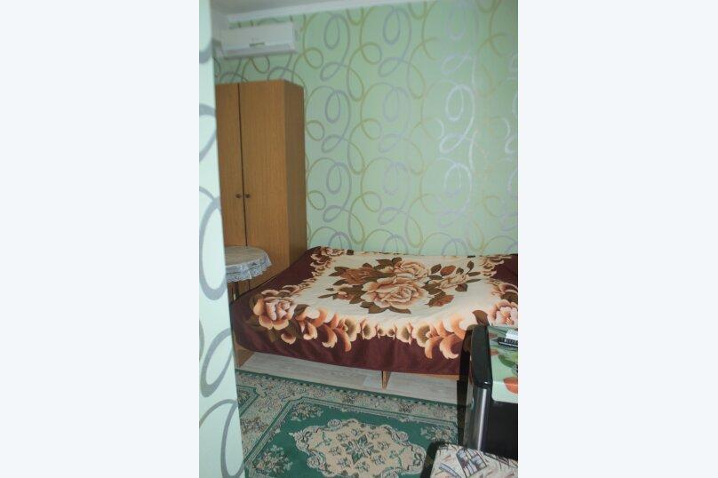 3-хместный номер с общим балконом на 1-ом этаже (в номере душ, туалет, кондиционер, телевизор, холодильник), улица Ленина, 221/12, Адлер - Фотография 19