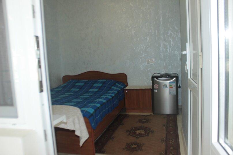 3-хместный номер с общим балконом на 1-ом этаже (в номере душ, туалет, кондиционер, телевизор, холодильник), улица Ленина, 221/12, Адлер - Фотография 40