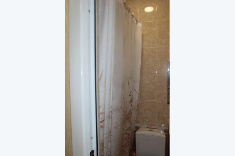 3-хместный номер с общим балконом на 1-ом этаже (в номере душ, туалет, кондиционер, телевизор, холодильник), улица Ленина, 221/12, Адлер - Фотография 55