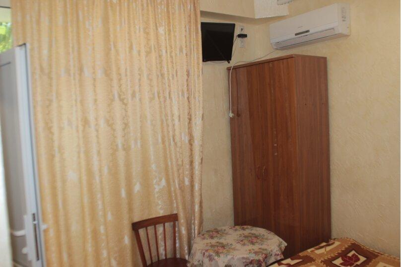 3-хместный номер с общим балконом на 1-ом этаже (в номере душ, туалет, кондиционер, телевизор, холодильник), улица Ленина, 221/12, Адлер - Фотография 60