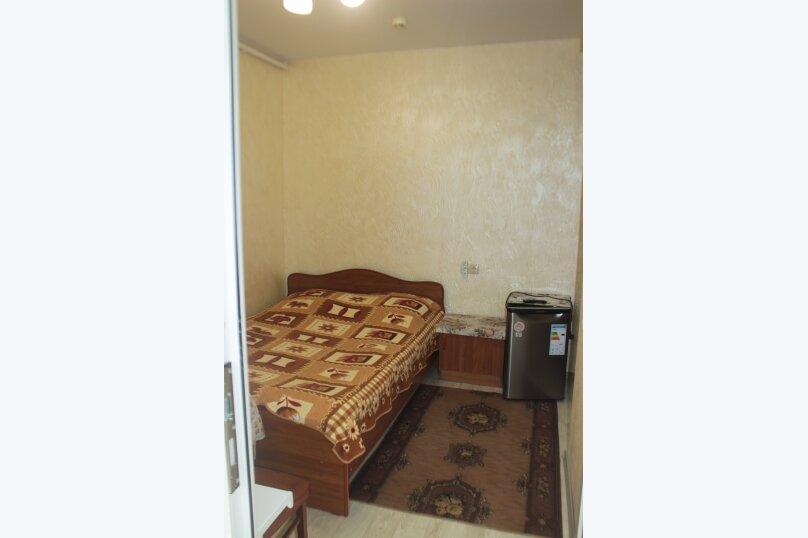 3-хместный номер с общим балконом на 1-ом этаже (в номере душ, туалет, кондиционер, телевизор, холодильник), улица Ленина, 221/12, Адлер - Фотография 64