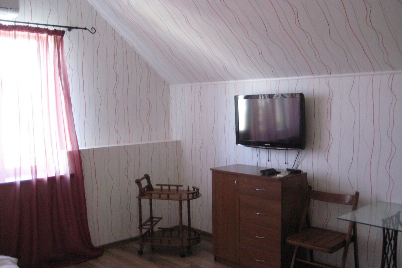 "Гостевой дом ""На Гайдара 28"", улица Гайдара, 28 на 2 комнаты - Фотография 6"