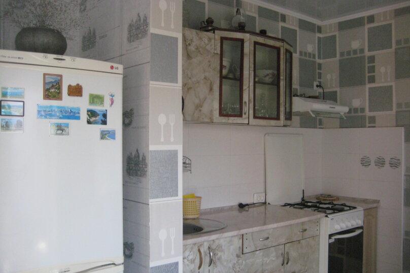 "Гостевой дом ""На Гайдара 28"", улица Гайдара, 28 на 2 комнаты - Фотография 9"