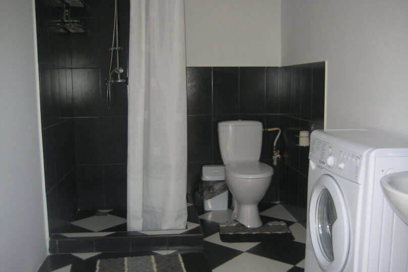 "Гостевой дом ""На Гайдара 28"", улица Гайдара, 28 на 2 комнаты - Фотография 11"