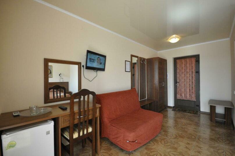 2-х комнатный  полулюкс - семейный, Приморская улица, 2, Дивноморское - Фотография 1