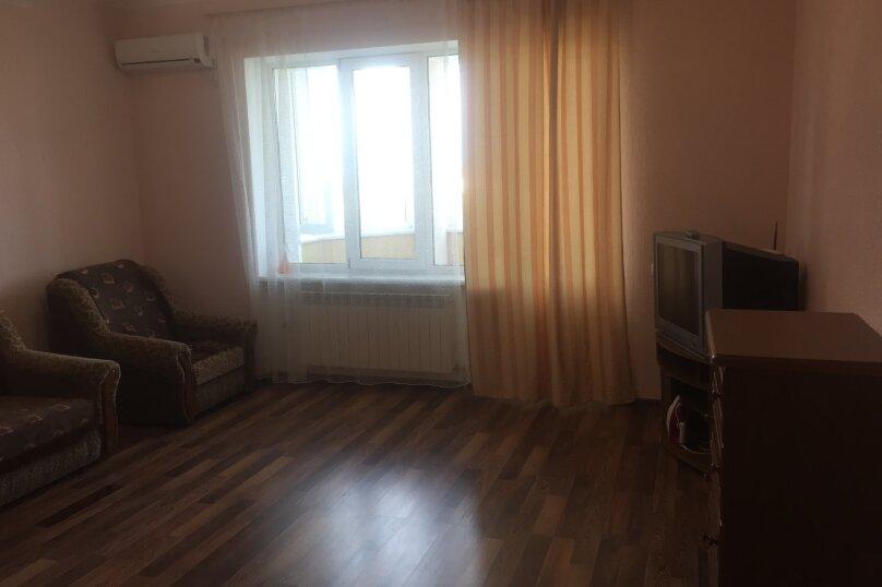 2-комн. квартира, 80 кв.м. на 6 человек, проспект Ленина, 49, Евпатория - Фотография 14