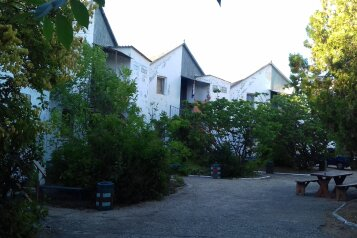 """Гостевой дом """"На Морской 4"""", Морская улица, 4 на 39 комнат - Фотография 1"""
