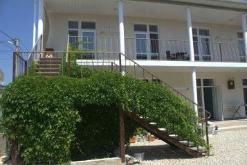 Гостевой дом, Симеренко, 27 на 10 номеров - Фотография 1