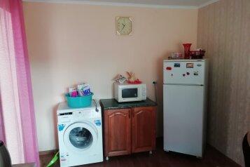 Сдается дом , 70 кв.м. на 5 человек, 3 спальни, Октябрьская, 110, Приморско-Ахтарск - Фотография 4