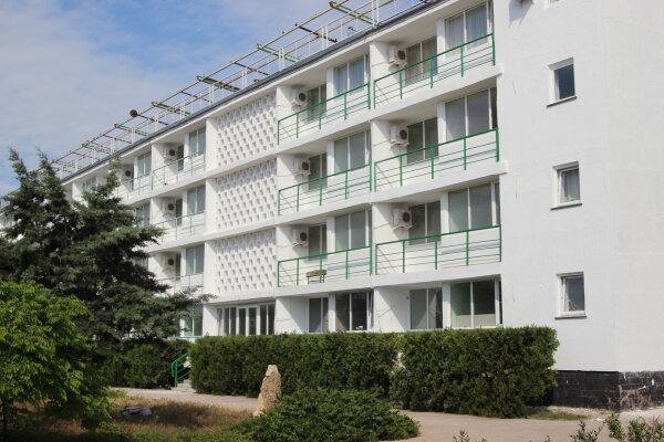 Гостиничный комплекс, улица Аллея Дружбы, 87 на 80 номеров - Фотография 1