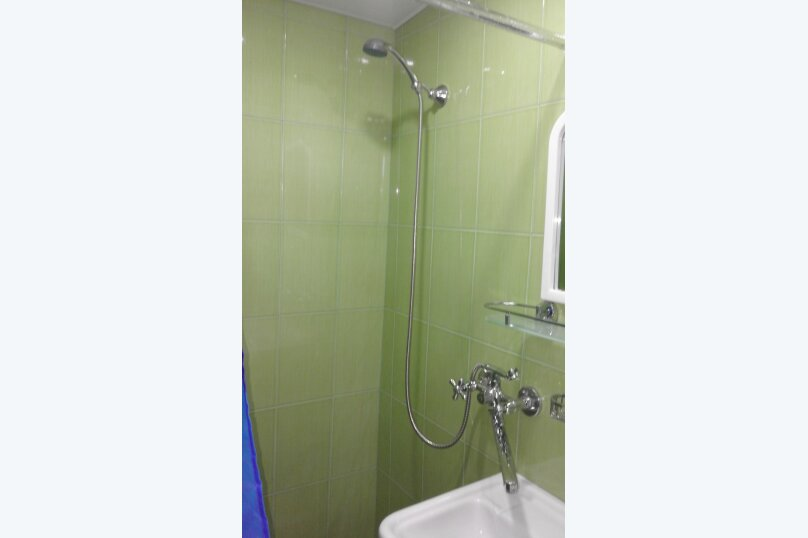 Домик  (фиолетовый), 24 кв.м. на 4 человека, 1 спальня, Ленина, 21, Алупка - Фотография 8