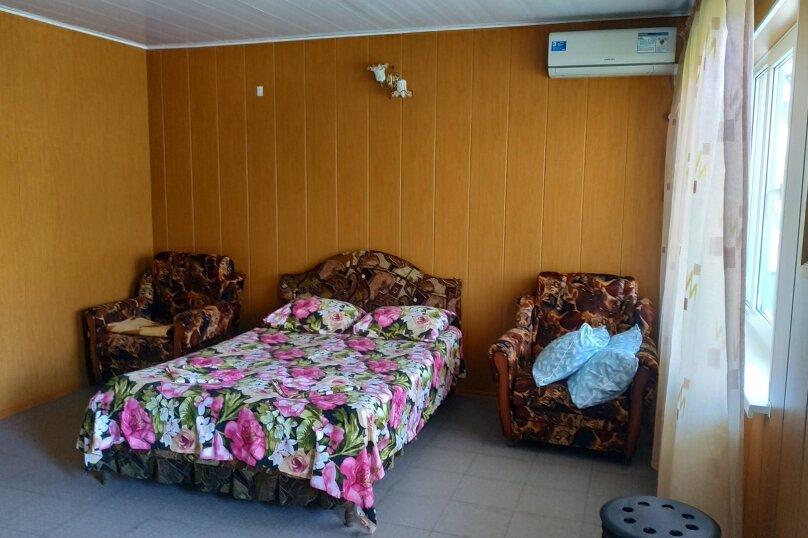 Гостевой дом Чепурова, Алычевый переулок, 1 на 15 комнат - Фотография 119