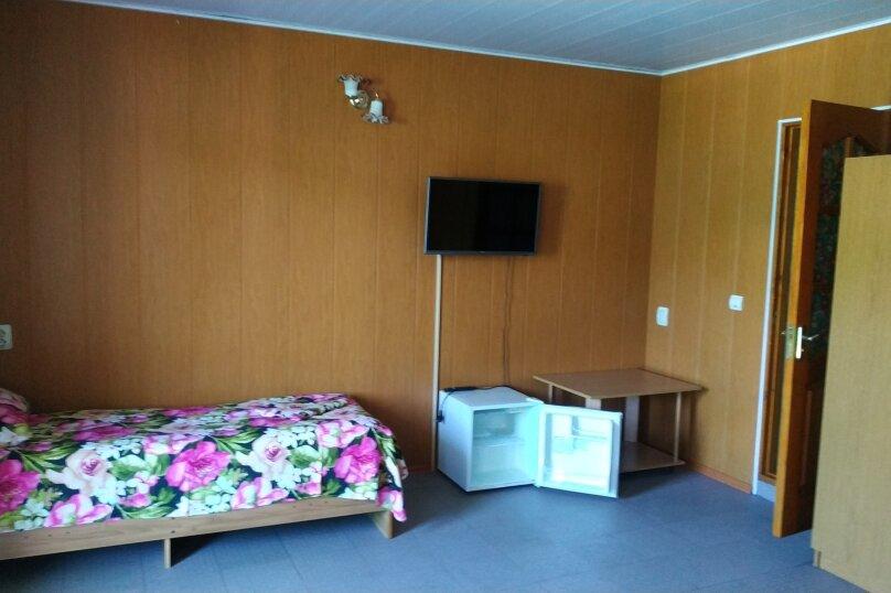 Гостевой дом Чепурова, Алычевый переулок, 1 на 15 комнат - Фотография 120