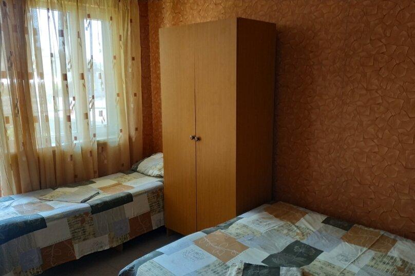Гостевой дом Чепурова, Алычевый переулок, 1 на 15 комнат - Фотография 45