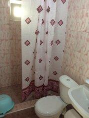 Номера с удобствами , 15 кв.м. на 4 человека, 2 спальни, Сельская улица, 12, Витязево - Фотография 3