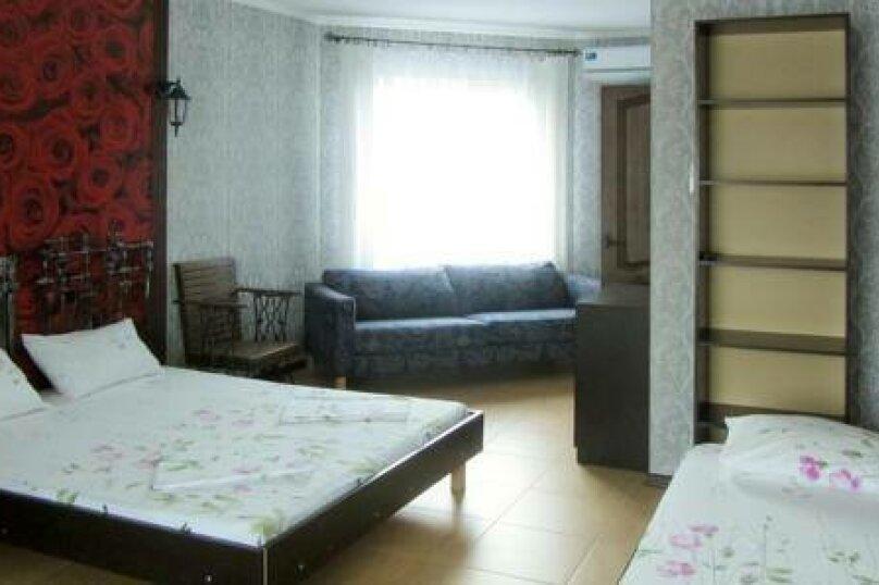 4-х местный люкс , Яблоневая улица, 6, Архипо-Осиповка - Фотография 1