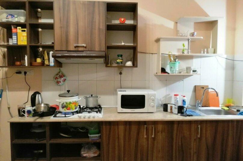 """Гостевой дом """"Чарли"""", Киевская улица, 14 на 6 комнат - Фотография 3"""