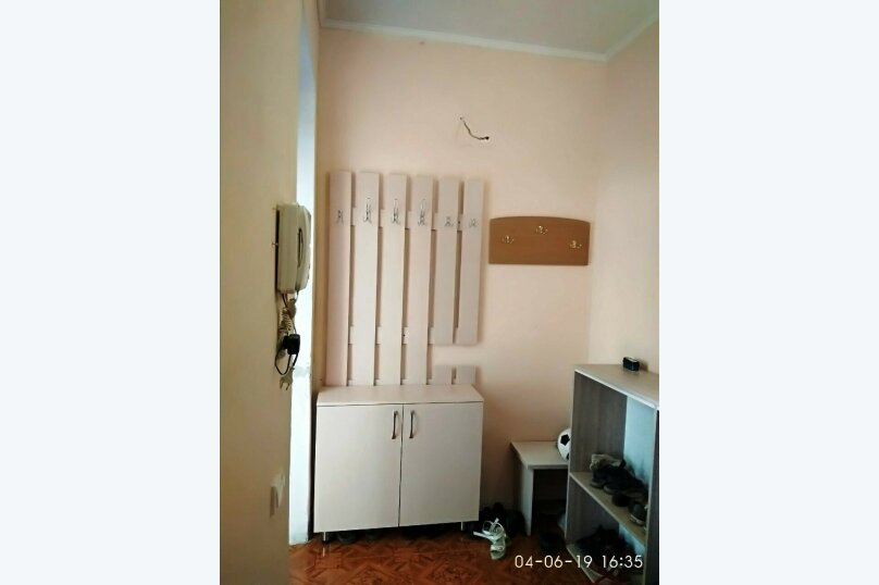 """Гостевой дом """"Чарли"""", Киевская улица, 14 на 6 комнат - Фотография 4"""