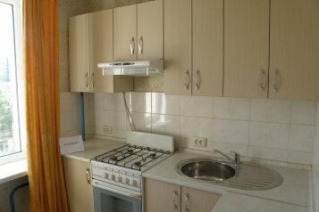 1-комн. квартира, 35 кв.м. на 4 человека, улица Богданова, 17, Севастополь - Фотография 3