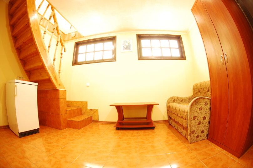 двухэтажный трехместный, Терлецкого, 1А, Форос - Фотография 1