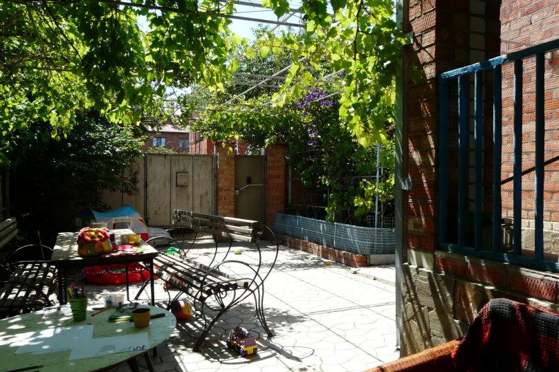 """Гостевой дом """"Клавдия"""", Апрельский переулок, 19 на 5 комнат - Фотография 15"""