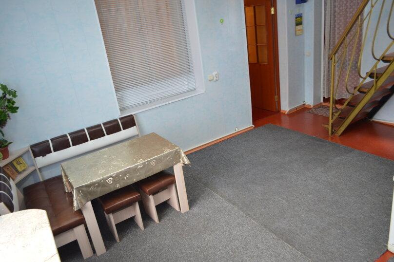 2-х этажный коттедж с двориком, 90 кв.м. на 6 человек, 3 спальни, Речная, 20, Феодосия - Фотография 13
