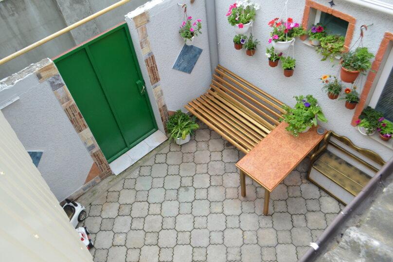 2-х этажный коттедж с двориком, 90 кв.м. на 6 человек, 3 спальни, Речная, 20, Феодосия - Фотография 25