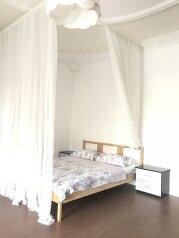 3-комн. квартира, 350 кв.м. на 12 человек, улица Гоголя, 2 а, Архипо-Осиповка - Фотография 1
