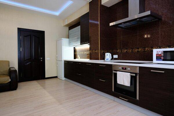 2-комн. квартира, 60 кв.м. на 4 человека, Боткинская улица, 1, Ялта - Фотография 1