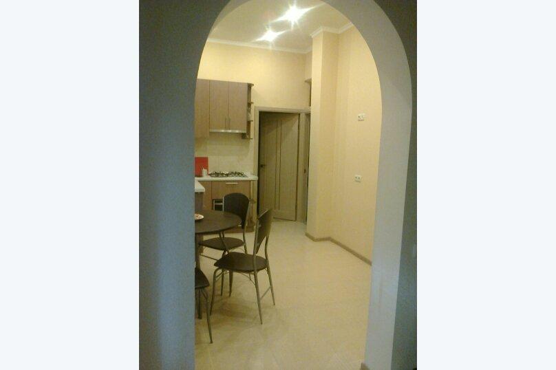 2-комн. квартира, 65 кв.м. на 6 человек, Боткинская улица, 1, Ялта - Фотография 2