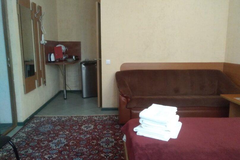Гостевой дом Капитан+, Новороссийская, 13 на 8 комнат - Фотография 21