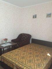 2й этаж дома г.Феодосия, 85 кв.м. на 6 человек, 2 спальни, 2-ой Кочмарский переулок, 15, Феодосия - Фотография 4
