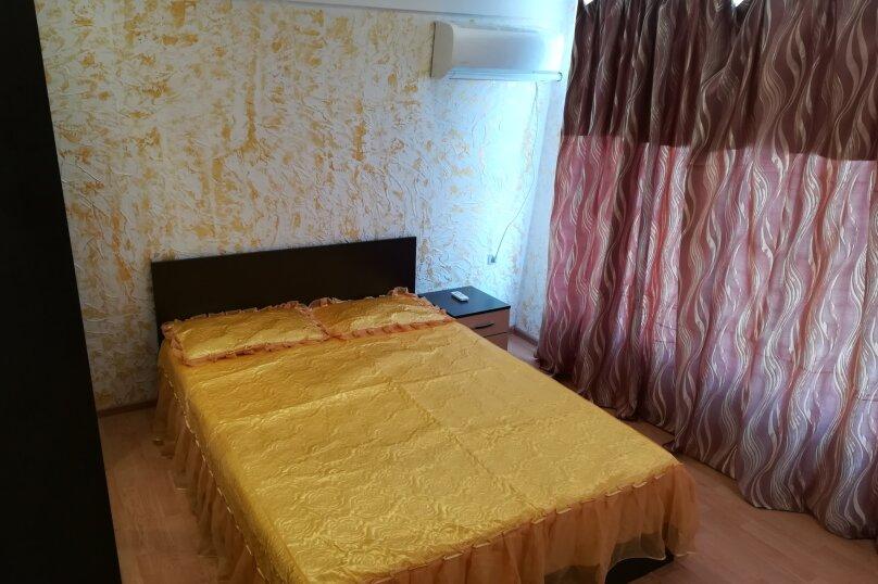 Двух этажный коттедж , 45 кв.м. на 5 человек, 2 спальни, Лучистая, 15, Судак - Фотография 7