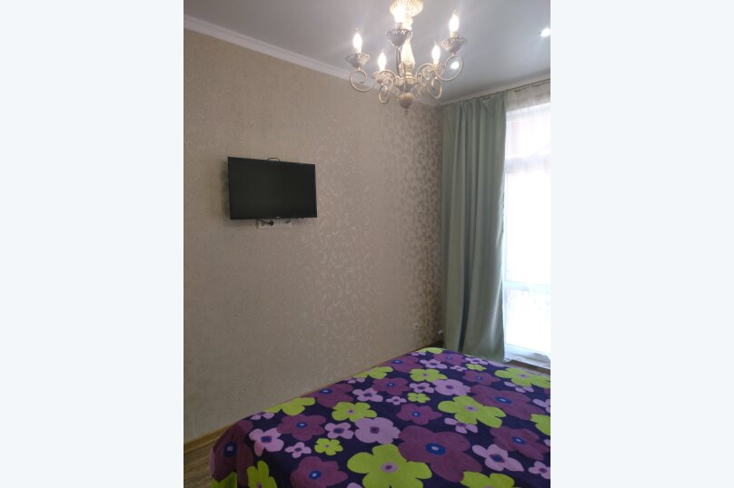 2-комн. квартира, 65 кв.м. на 6 человек, улица Гоголя, 7к1, Геленджик - Фотография 15