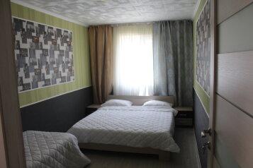 Коттедж, 60 кв.м. на 8 человек, 3 спальни, улица Ковропрядов, 12, район Ачиклар, Судак - Фотография 2