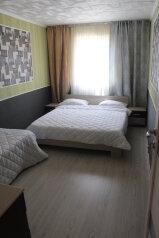 Коттедж, 60 кв.м. на 8 человек, 3 спальни, улица Ковропрядов, 12, район Ачиклар, Судак - Фотография 3