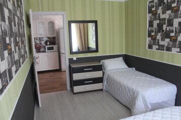 Коттедж, 60 кв.м. на 8 человек, 3 спальни, улица Ковропрядов, 12, район Ачиклар, Судак - Фотография 4